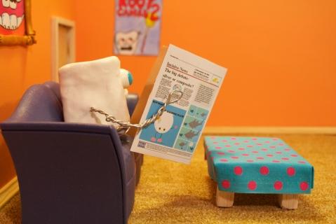 dintele cu ziarul in decorul finisat