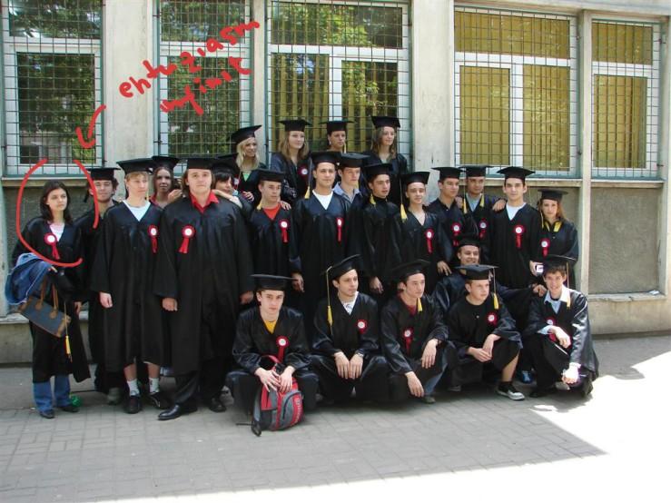 Poza de grup, absolvirea liceului