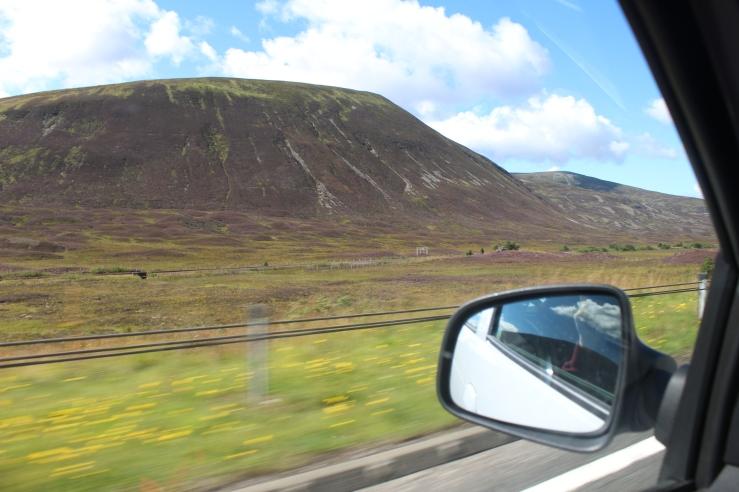 Cu Dacia prin Scoția